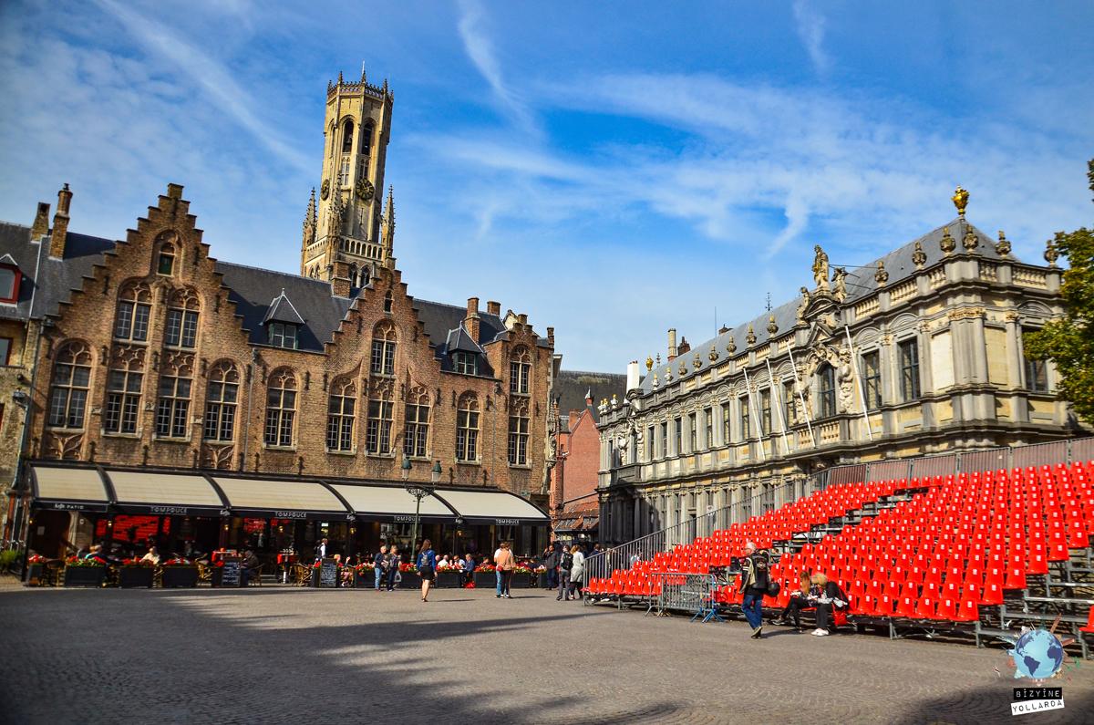 De Burg Square
