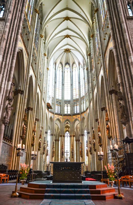 Köln Katedrali İç Kısım Mozole