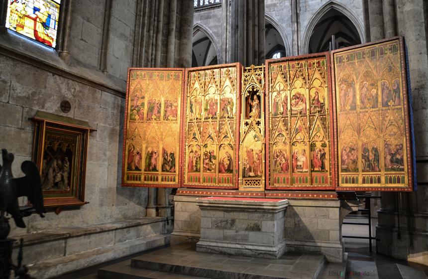 Köln Katedrali Masal Kitabı