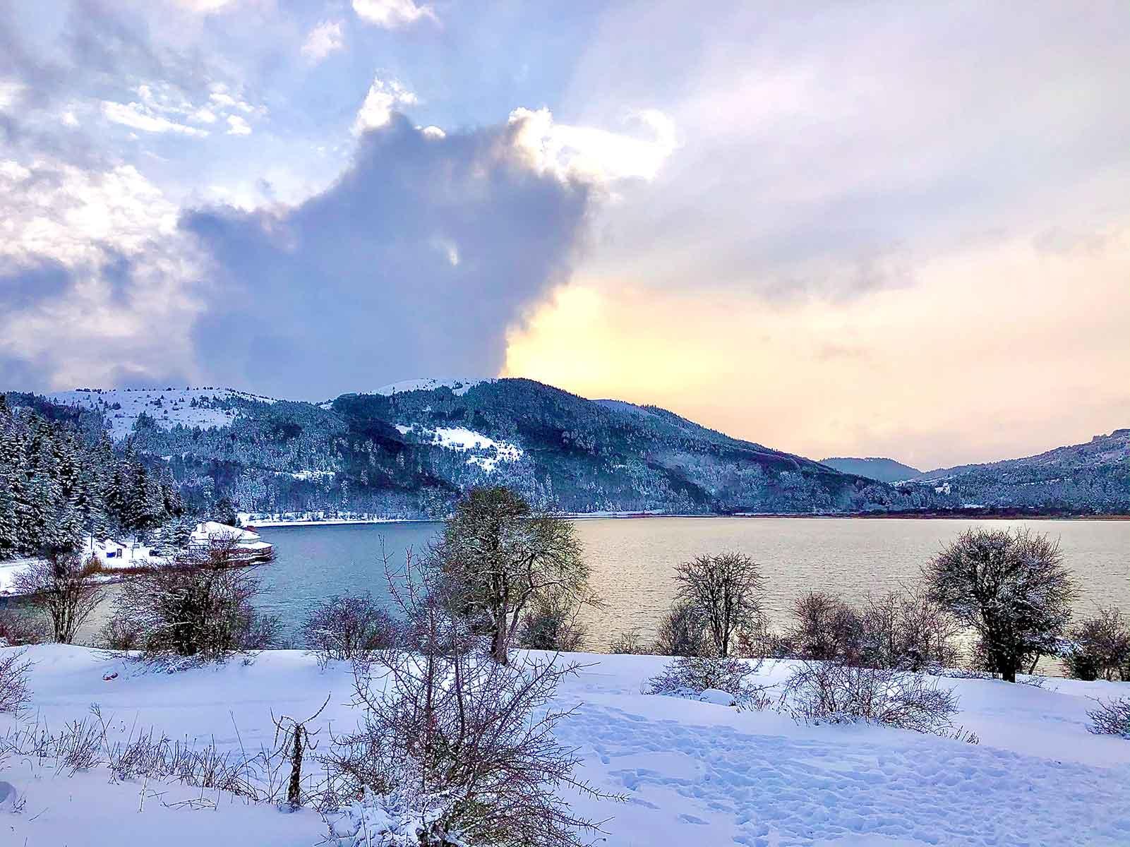 Abant Kış Güneşi manzarası